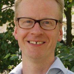 Dr Ben Walton