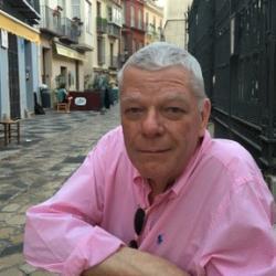 Prof Iain  Fenlon
