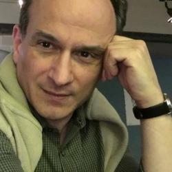 Dr Stefano  Castelvecchi